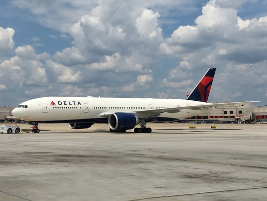 Delta's inaugural flight from Atlanta lands at Incheon Airport