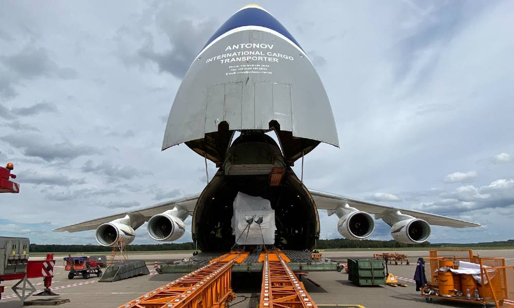 Together with deugro Houston, deugro Air Chartering executed the transport of oversized compressor equipment using an Antonov 124 (AN-124).
