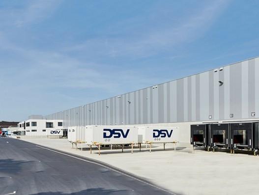 DSV builds 42,100 m² large warehouse for dm-drogerie markt