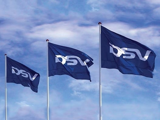 DSV transports specialised equipment for a gymnast team