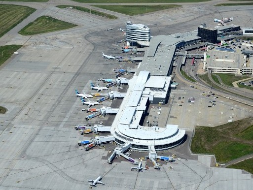 Edmonton Airport to host clinical trials of new Covid-19 testing technology