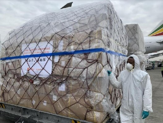 Ethiopian runs second round of Jack Ma's relief supplies