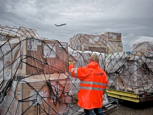 European hub Amsterdam Airport Schiphol sees rise in exports to China