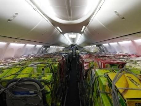 flydubai uplifts record 21,001 kg cargo aboard B737-800NG