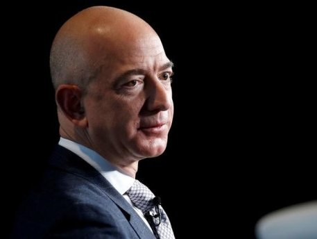 Jeff Bezos invests in digital supply chain startup Beacon