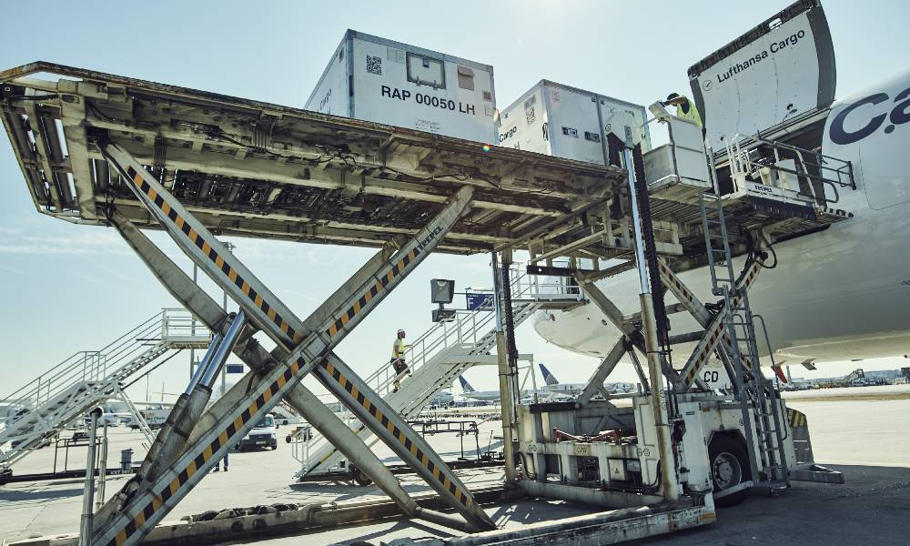Jettainer launches new ULD management service for Covid-19 vaccine transportation