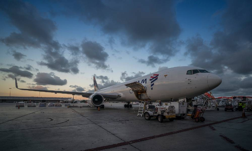 LATAM announces conversion of up to 8 Boeing 767-300ER into freighters
