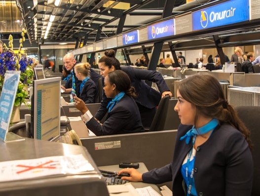 dnata launches passenger services at Amsterdam Schiphol Airport