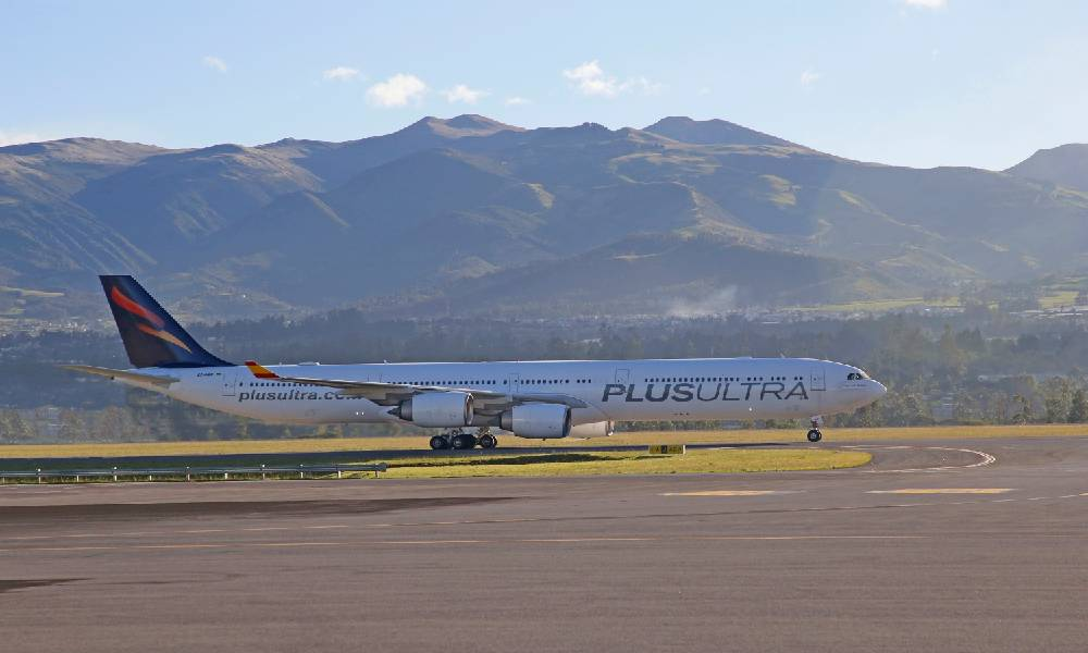 Plus Ultra Líneas Aéreas extends partnership with Jettainer for five years