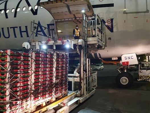 SAA's very first passenger freighter connects EU