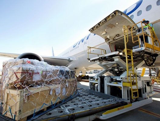 United delivers medical equipments for Roche