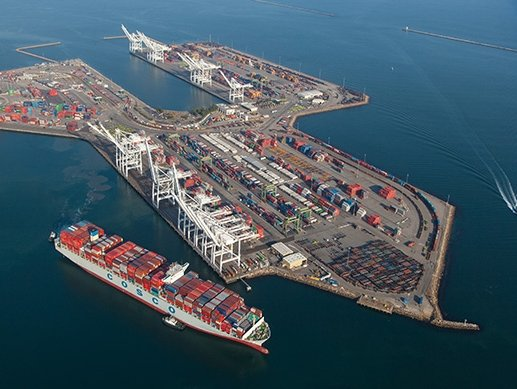 US seaports Port of Long Beach, Port of Los Angeles report October cargo volumes