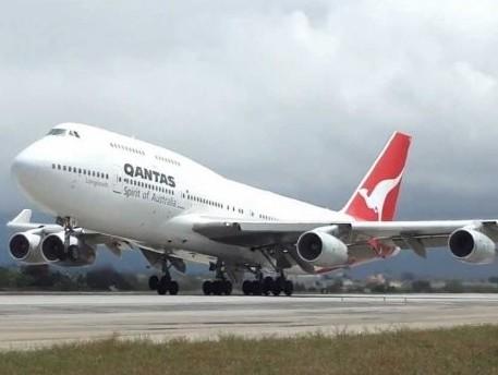 Qantas, bp form strategic partnership to advance net zero emissions