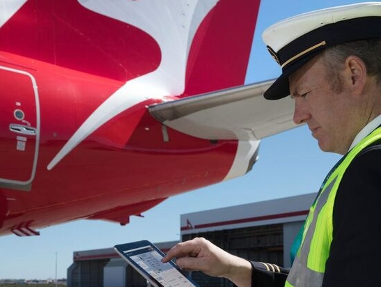 Qantas pilots and GE Aviation develop new flight data app | Aviation