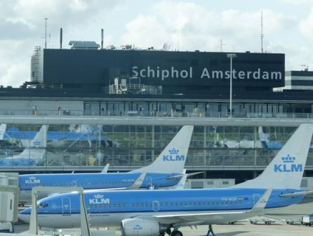 Schiphol Airport saw freighter flights rise 48.1% in first half of 2020