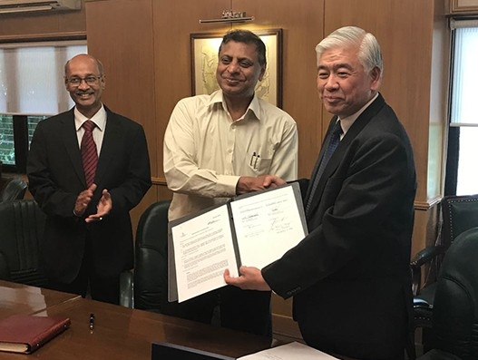 SIA Engineering and Air India Engineering sign agreement for India MRO services