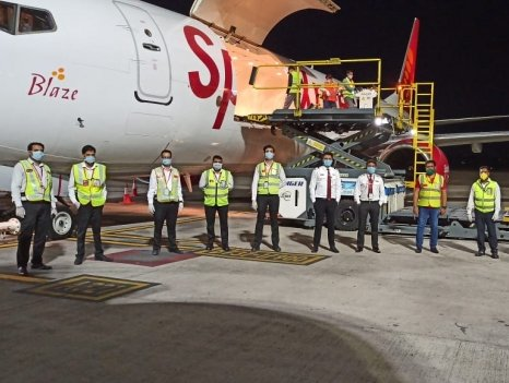 SpiceJet's maiden flight to Bahrain ferries 17 tonnes of medical goods