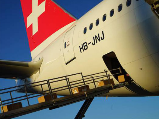 Swiss WorldCargo begins carrying commercial cargo in cabin