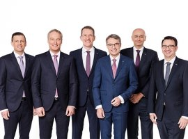 After 31 years of close cooperation in operational management positions at DACHSER, CEO Bernhard Simon and his deputy Michael Schilling, COO Road Logistics, will join the logistics provider's Supervisory Board in 2021, with Bernhard Simon becoming its chairperson. Burkhard Eling, who joined the DACHSER Executive Board