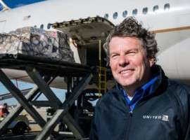 Applauding the feat of operating 5000 cargo-only flights, United Cargo's president Jan Krems penned a heartwarming note.
