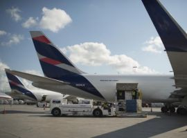 LATAM Cargo has consolidated its service, after incorporating Los Angeles (United States) and Mexico City (Mexico) to its cargo network in order to mitigate the impacts of belly capacity restrictions in April