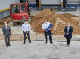 . The new building is being constructed as part of the modernisation of the airfreight hub in Frankfurt initiated by Lufthansa Cargo and is scheduled to go into operation at the end of the year.