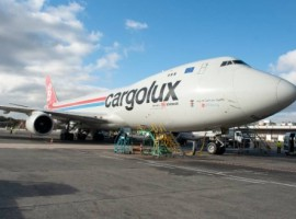 With weekly departures on a Boeing 747 freighter DB Schenker makes Cargolux's extensive experience in the handling of pharmaceutical and healthcare goods available for its customers in Europe and Northern America.
