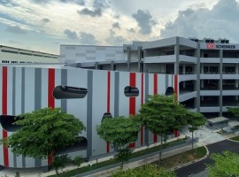 DB Schenker successfully started the operation of a globally leading regional hub in Singapore for automated high-speed logistics.