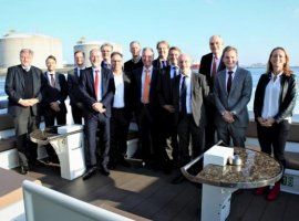 Nov 24, 2019: A German business delegation has praised the projects undertaken by Port of Rotterdam during a visit on November 20. The delegation from Bundesverband der Deutschen Industrie (BDI) comprised 15 participants, including representatives from ThyssenKrupp, BASF,ExxonMobil and Scott AG. The reception in Rotterdam was part of a two-day visit to the Netherlands organised […]