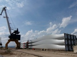 The wind turbine blades were transported in six voyages of river pontoon barges between April and August 2020.