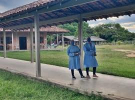 The equipment was transported through its Solidary Plane Program in partnership with the NGO Associação Médicos da Floresta to support indigenous communities.