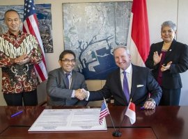 Dec 13, 2019: The Port of Los Angeles and Indonesia Port Corporation (IPC) PT Pelabuhan Indonesia II (Persero) have come together with goals of promoting further cooperation and information sharing on issues of business and trade, digital supply chain efficiency, the environment and infrastructure development. Officials of both parties signed a Memorandum of Understanding (MOU) […]