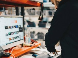 The Descartes Ecommerce WMS solution automates ecommerce processes from initial goods receipt through put-away in the warehouse, order processing, outbound shipment execution and returns management.