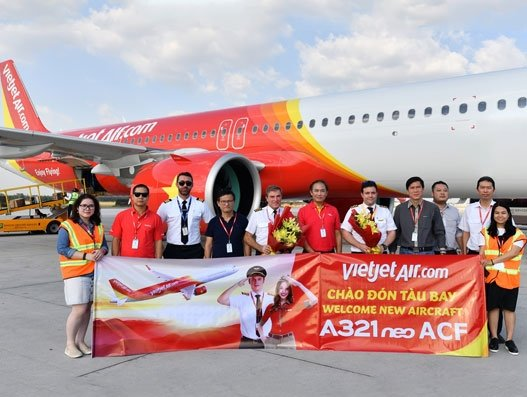 Vietjet takes delivery of two A321s