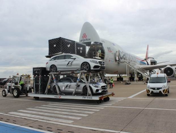 Viracopos Airport welcomes cars for F1 GP Heineken do Brasil 2017