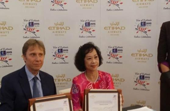 Etihad and Tourism Malaysia sign partnership agreement