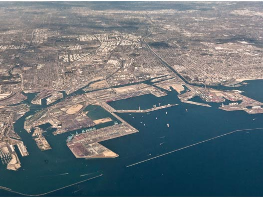 American seaport, Port of Long Beach moves over 7 million TEUs in 2015