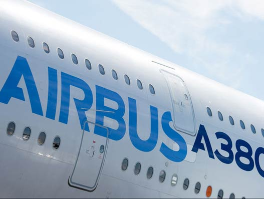Airbus exceeds 2015 aircraft delivery targets