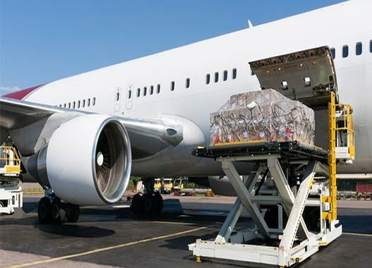 April shows upswing in demand for air cargo